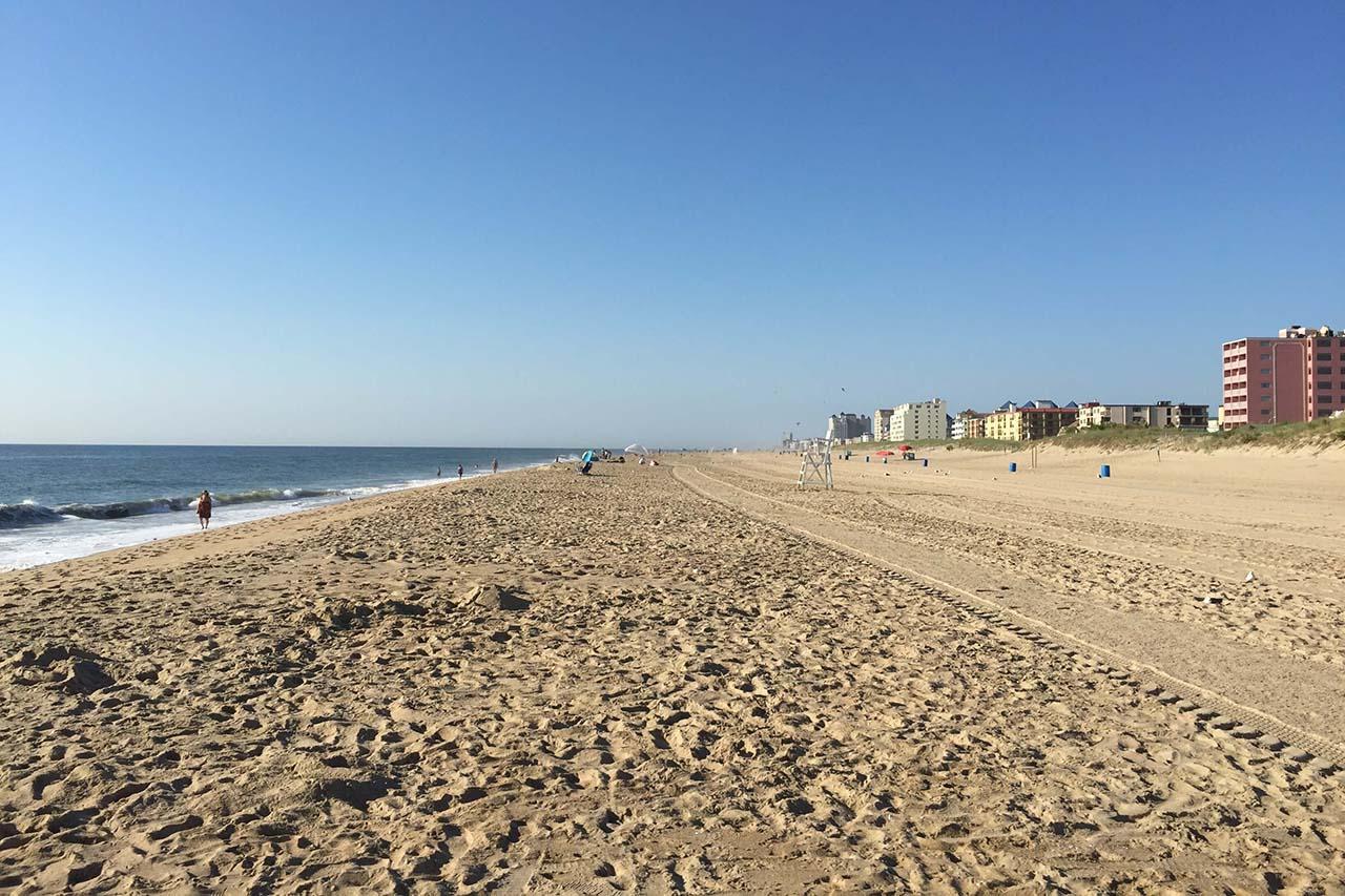 22-IMG_2297-beach-2-blocks-away